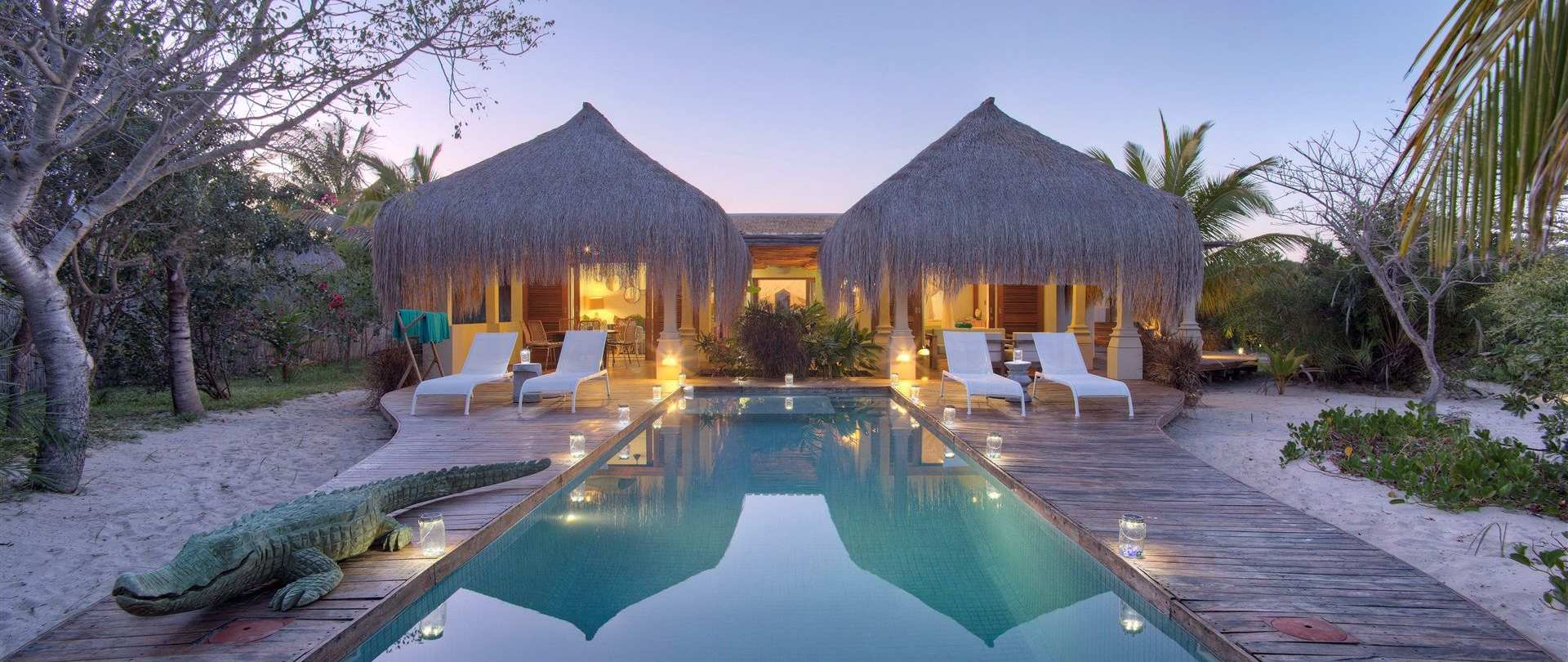 100 hotel de luxe corse la deluxe hotel hotels de. Black Bedroom Furniture Sets. Home Design Ideas